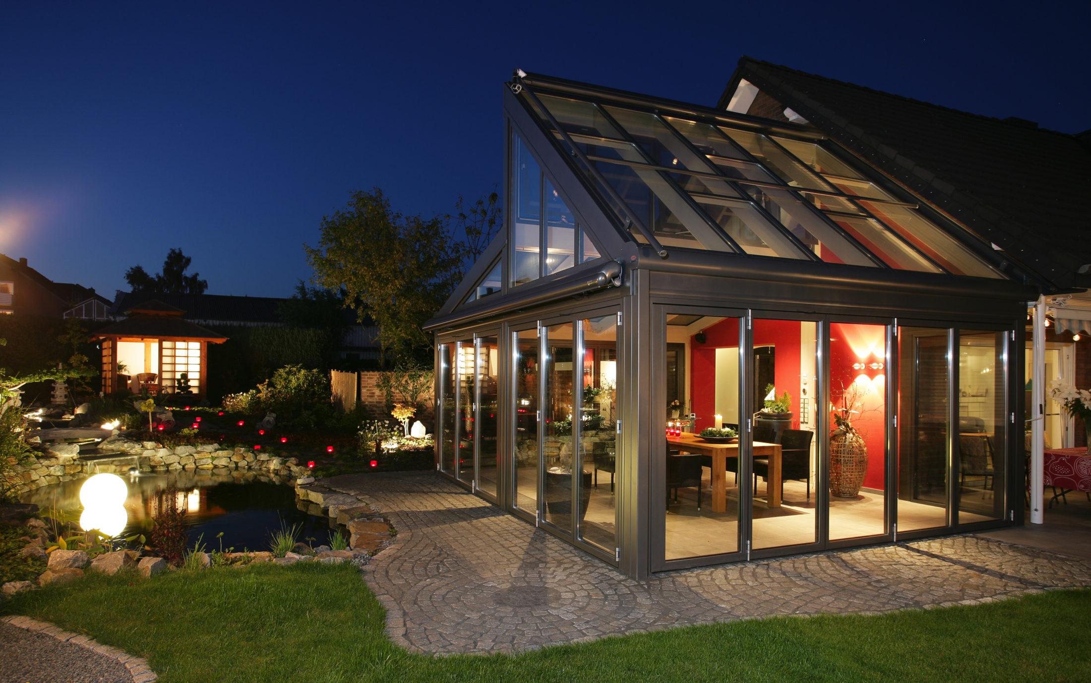 Avantgarde Glastilbygning fra Solarlux hos Lito Byg