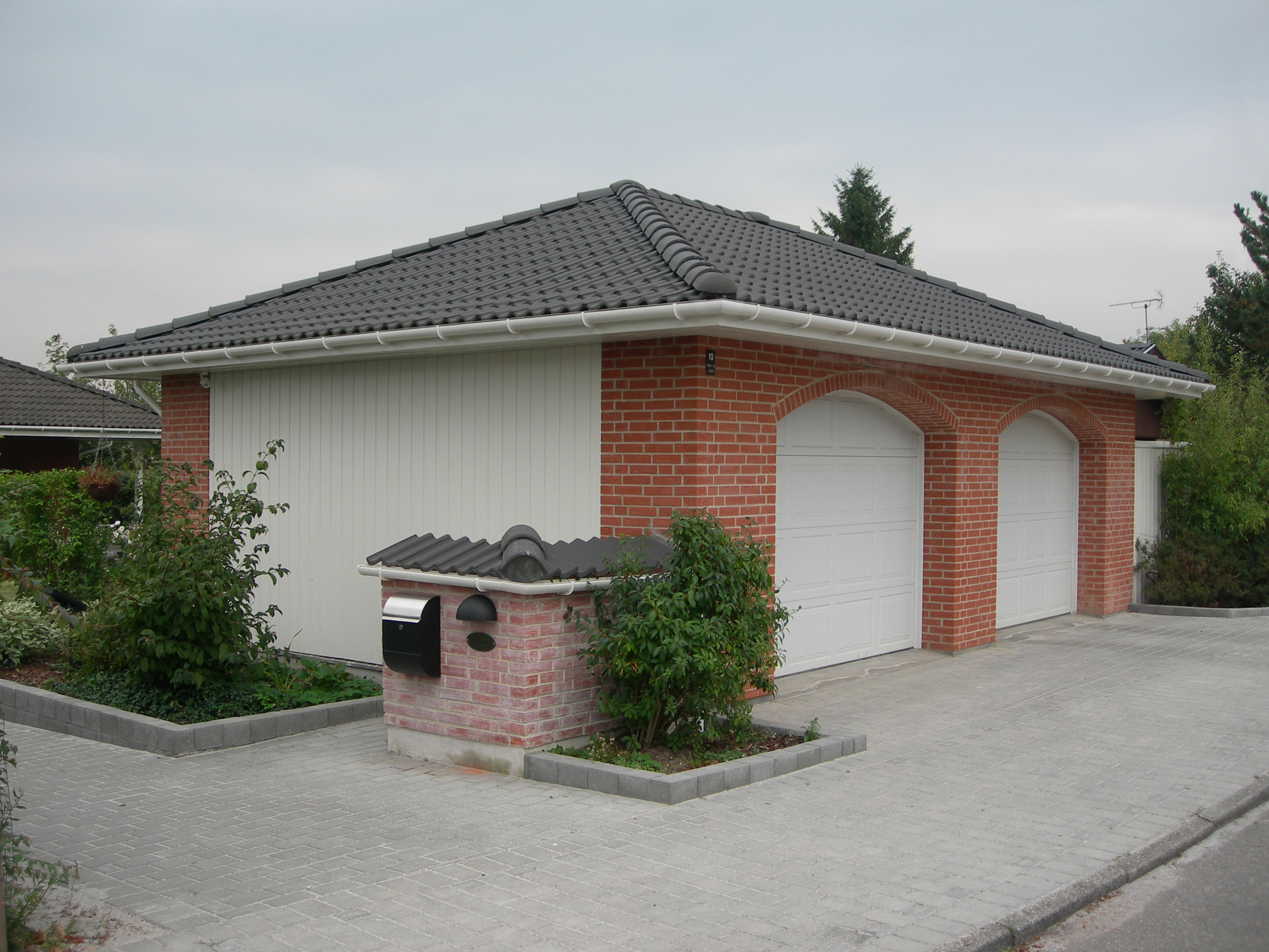 Garage - Valm - Dobbeltport