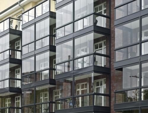 Balkonindglasning med SL25 elementer