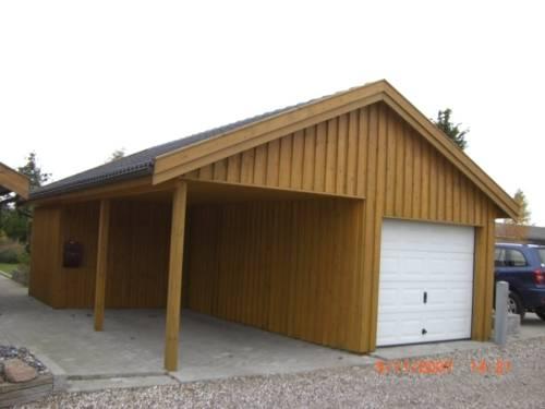 Carport / Garage med saddeltag