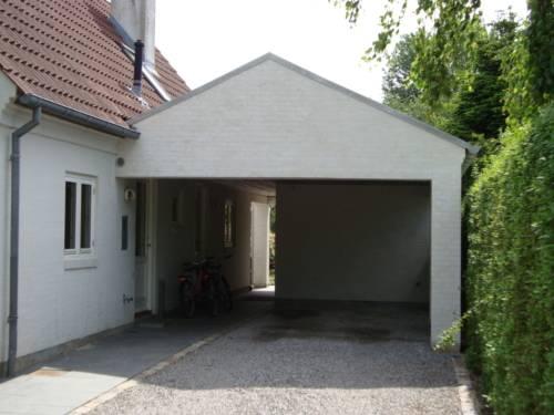 Muret carport med tagpap tag same murede søjler