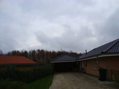 Sammenbygget med eksisterende hus
