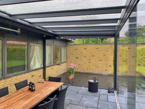 Inddækning af terrassen med ny belægning